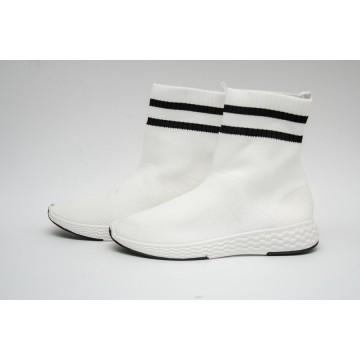 Женские кроссовки 0569 белые